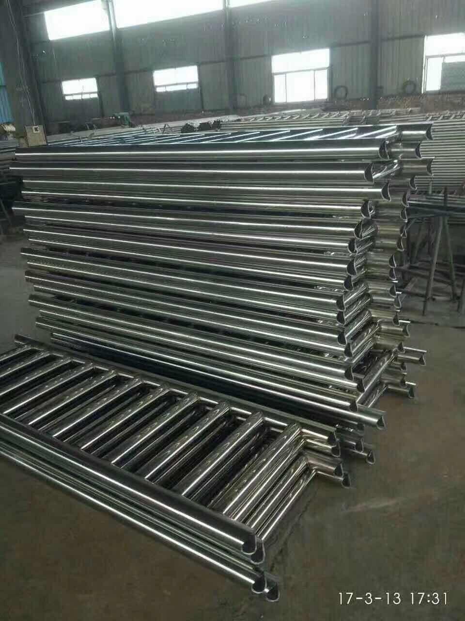 驻马店新蔡县不锈钢复合管护栏价位