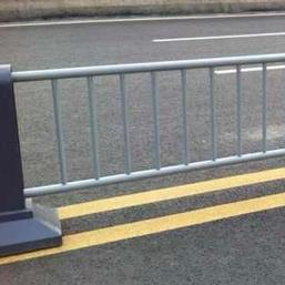 内蒙古呼伦贝尔陈巴尔虎旗不锈钢复合管护栏