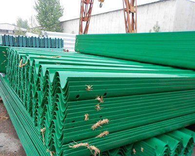 黑龙江哈尔滨方正热镀锌喷塑护栏板要求