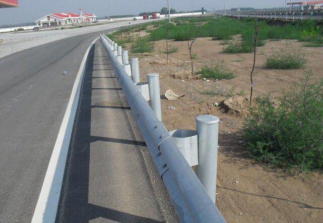 内蒙古呼和浩特新城波形护栏板理论重量