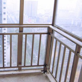 江苏省淮安市金湖县不锈钢护窗栏杆安装