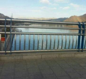 河南开封鼓楼做不锈钢栏杆
