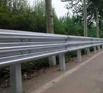 长春南关区镀锌双波护栏板单价防生锈