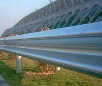 邵阳新宁县高速公路喷塑护栏板厂家
