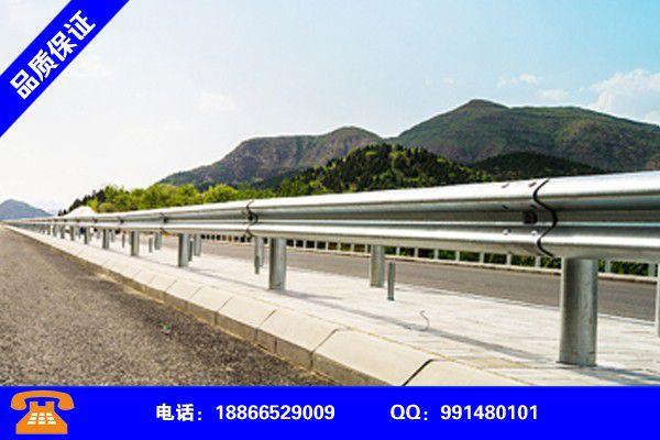 成都温江三波桥梁护栏板生产机组分享实现盈利的早期秘诀