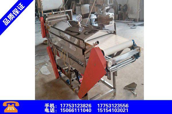新疆吐魯番手工涼皮機器有序推進