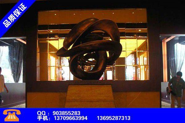 上海金山玻璃钢雕塑户外价格多少