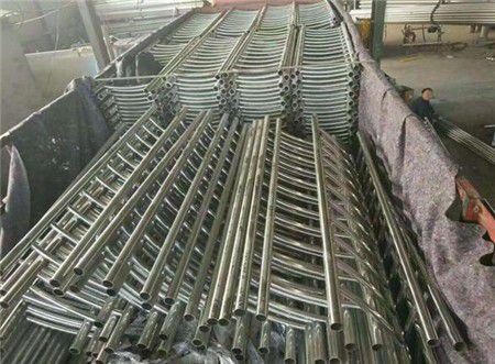 吉林通化辉南内衬不锈钢复合管护栏现货供应