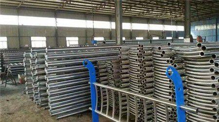 山东滨州博兴不锈钢碳素钢复合管规格今日价格表