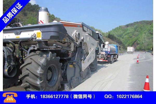 新乡辉县水泥撒布车教程发展所需