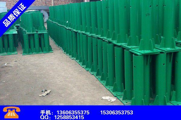 張家口橋東三波噴塑護欄板規格及重量詳解產品的生產與功能
