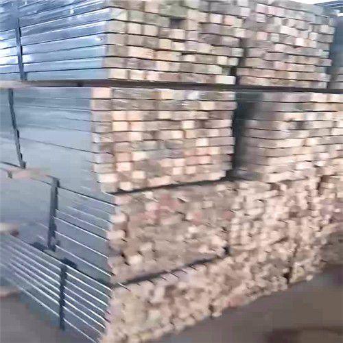 吐魯番鋼包木廠家供給