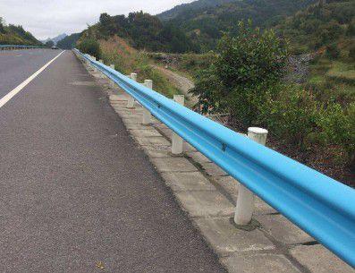 洛阳老城公路喷塑波形护栏你怎么想
