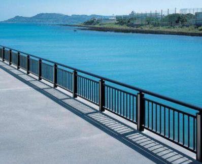 广西不锈钢桥梁护栏每日报价
