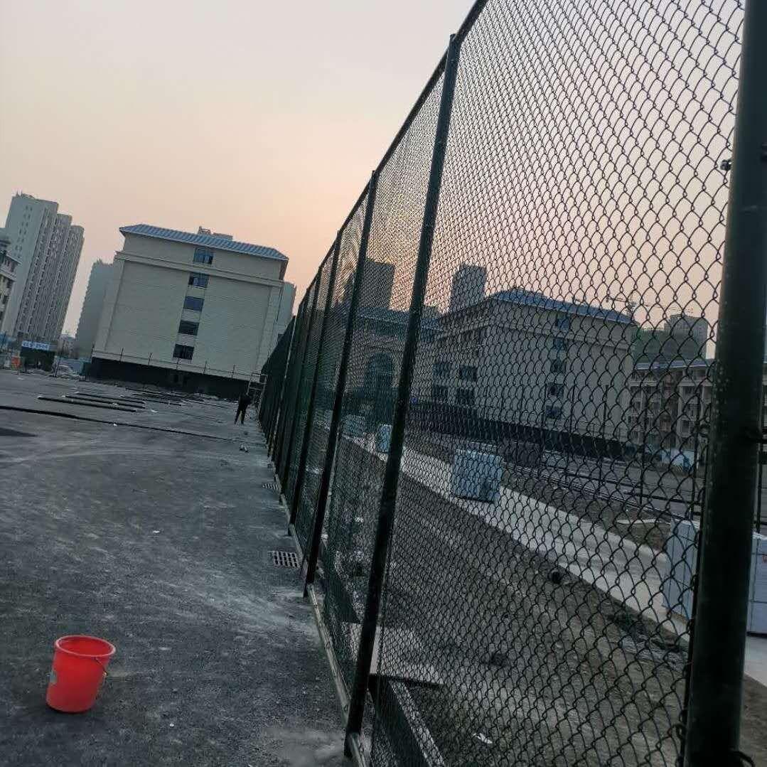 武威绿色球场围网品种齐全