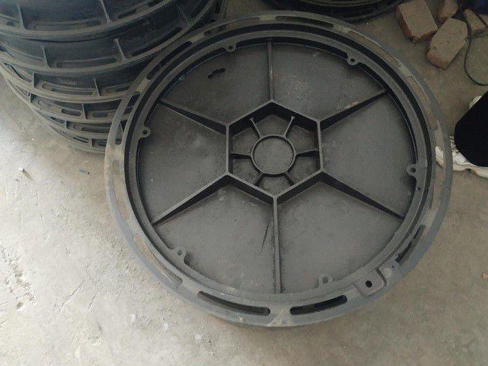 D400普通型单篦子树脂井盖精华