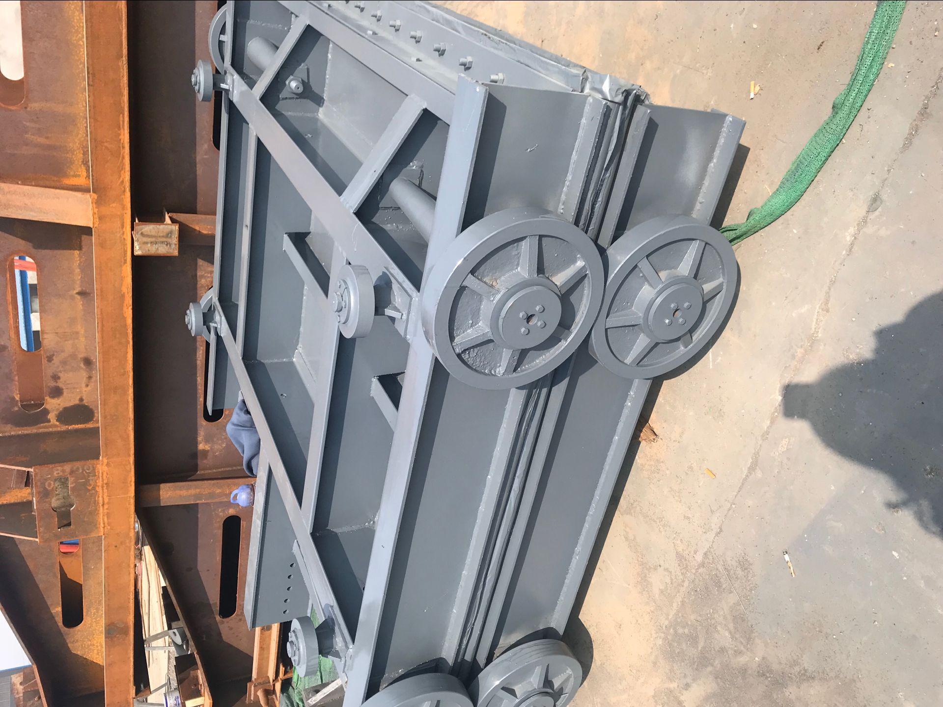 手拉式卷揚機帶閘門不銹鋼渠道閘門是什么