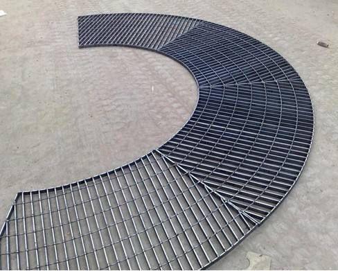 泰州不锈钢钢格栅板规格