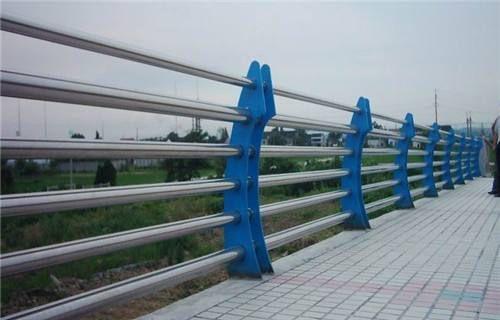 怀宁桥梁护栏更多请查看