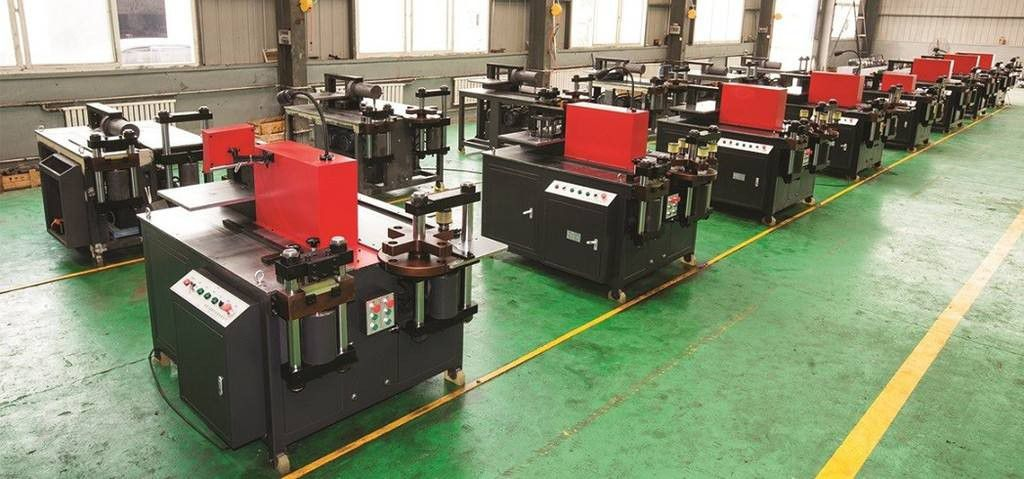 桦甸多工位母排加工机优势素质