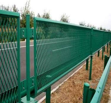 威海市政隔离护栏一般要多钱
