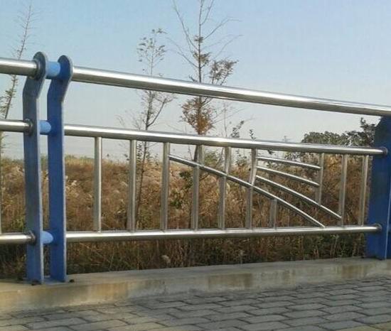 江都喷塑桥梁护栏常见故障及处理方法