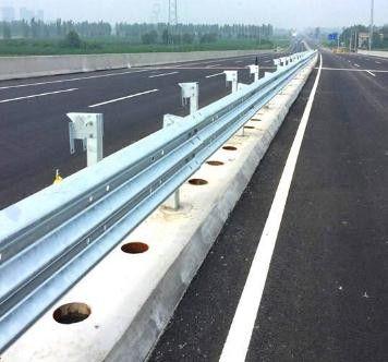 郑州钢制波形护栏质量指标