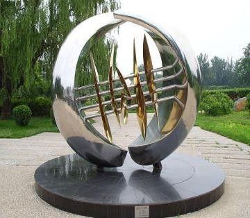 黃石玻璃鋼雕塑戰略機遇