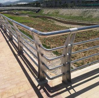 双鸭山不锈钢复合管护栏应用流程