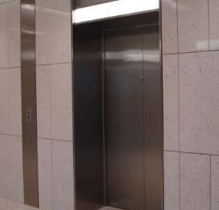 巴中电梯门套洞口留大多少钱知识