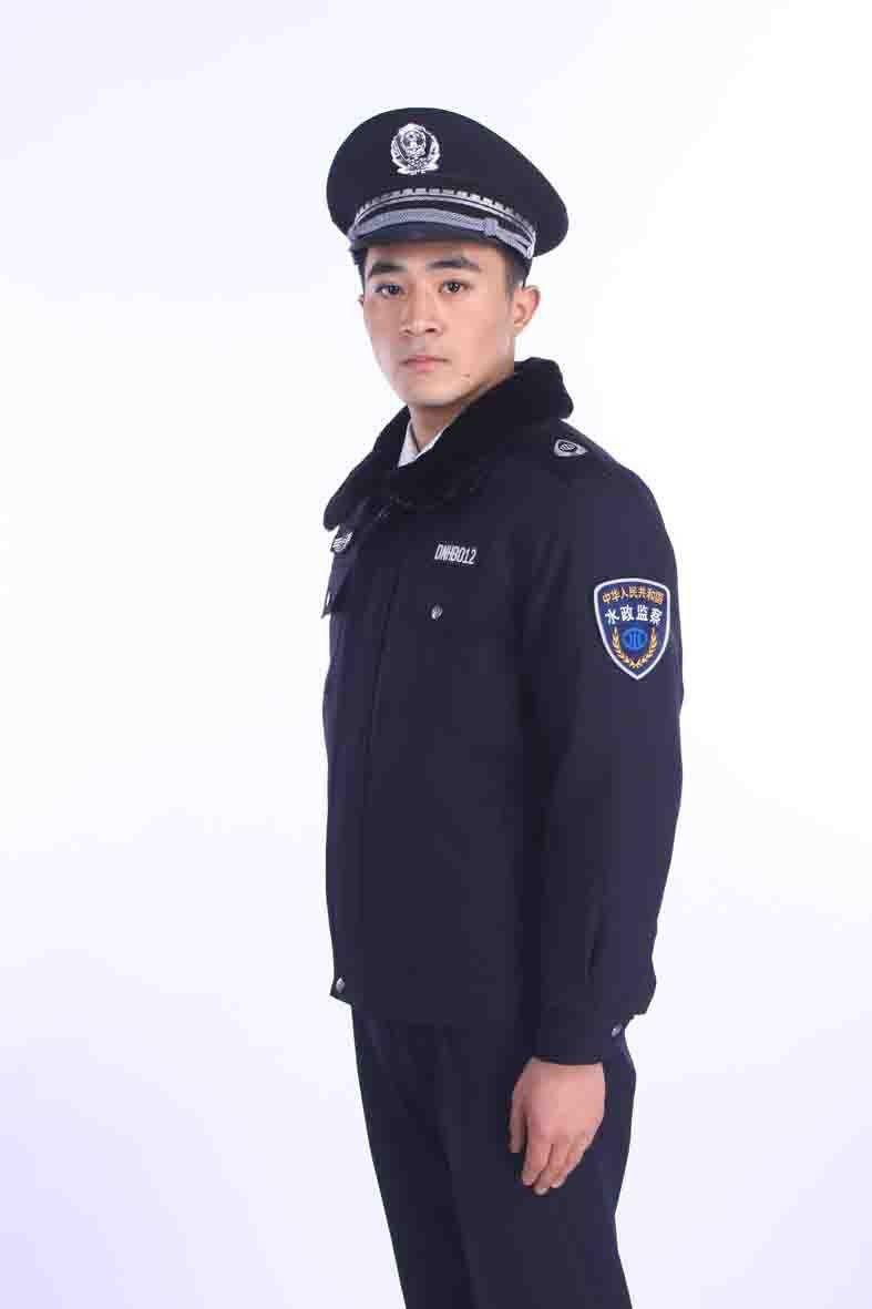 喀什地区标志服肩章装配规定新闻