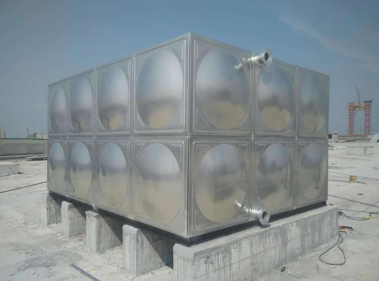 普格县搪瓷储热水箱